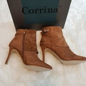 Suede ankle heeled boots